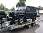 Land Rover Defender collection & delivery